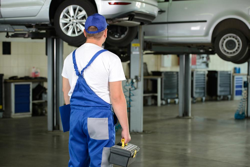 Befähigte Person zur Prüfung von Fahrzeughebebühnen