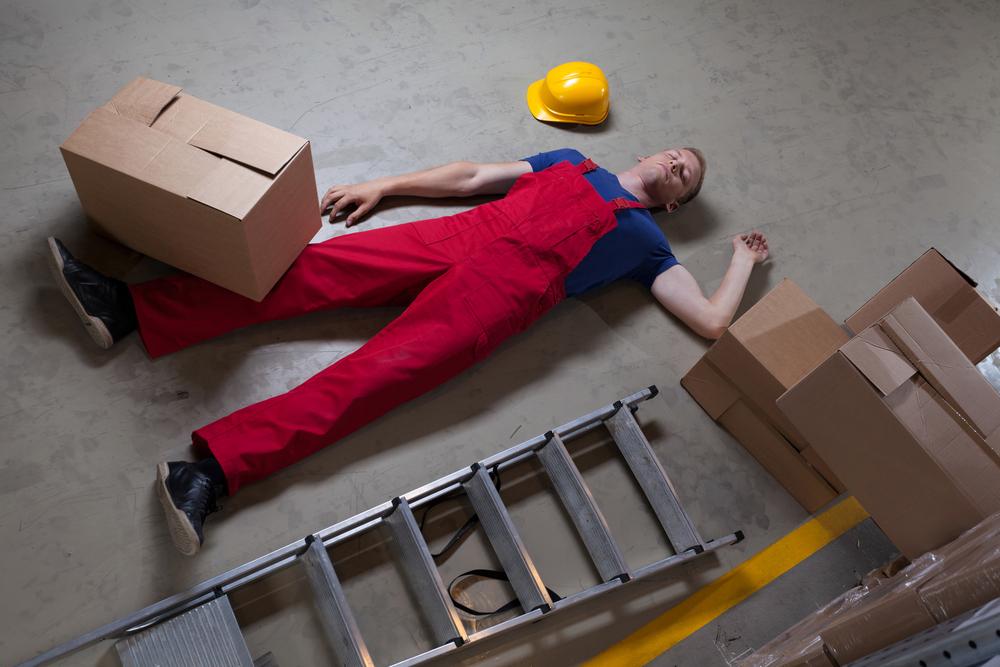 Hohes Unfallrisiko auf Leitern