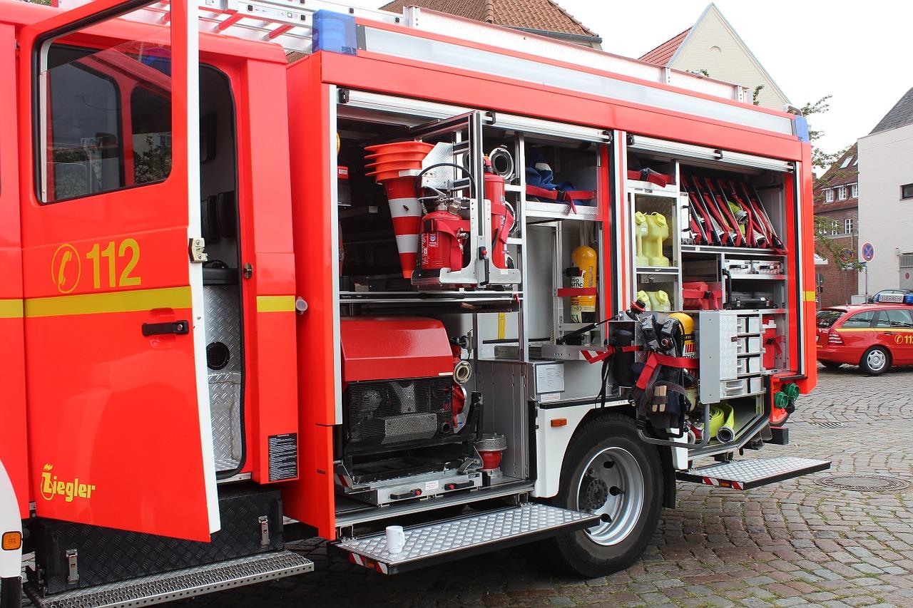 Wahrnehmbarkeit von Feuerwehrfahrzeuge und Einsatzfahrzeugen